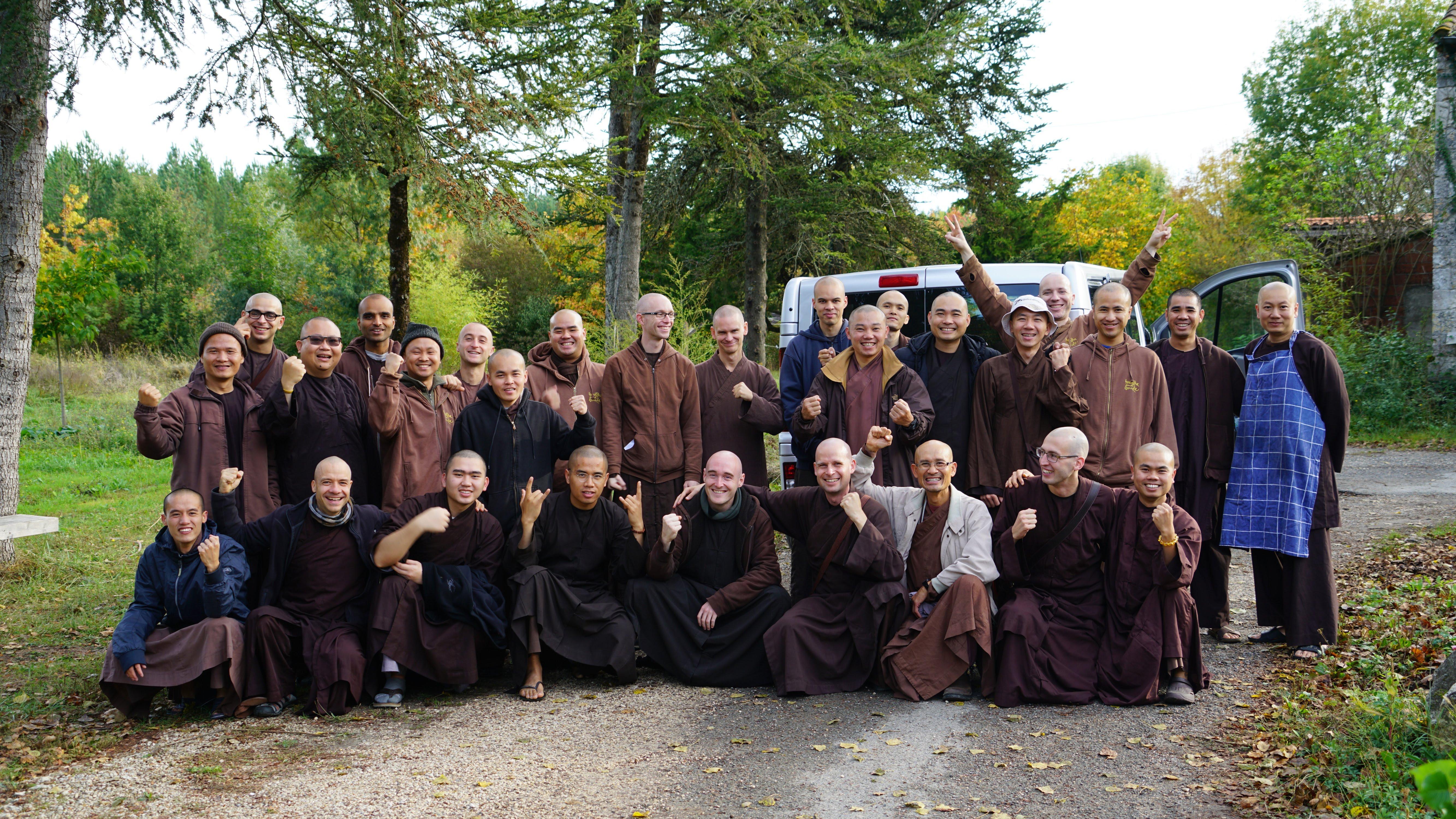 Méditation Pleine Conscience - Monastère de la source guérissante - Paris - Village des pruniers - thich nhat hanh